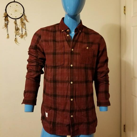 f27a0b4c339 M 5a79341b3b1608d0c1d580a6. Other Shirts you may like. WESC checkered  button down